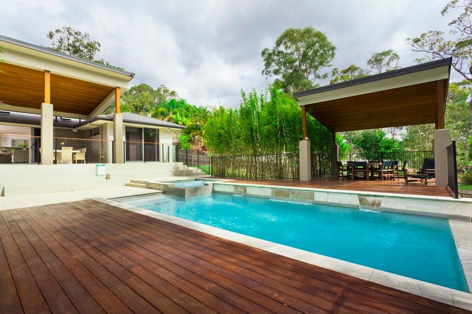 photodune-2620491-modern-backyard-with-pool-s