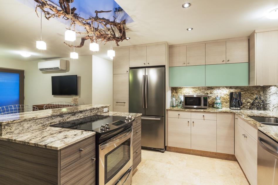 photodune-8977531-kitchen-in-modern-home-s