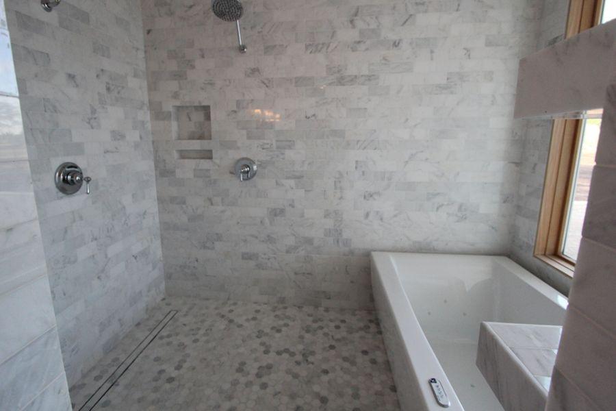 El_Centro_-_Master_Bath