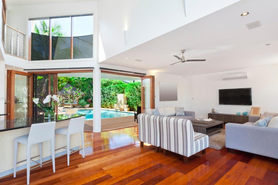 photodune-3980719-modern-house-interior-s