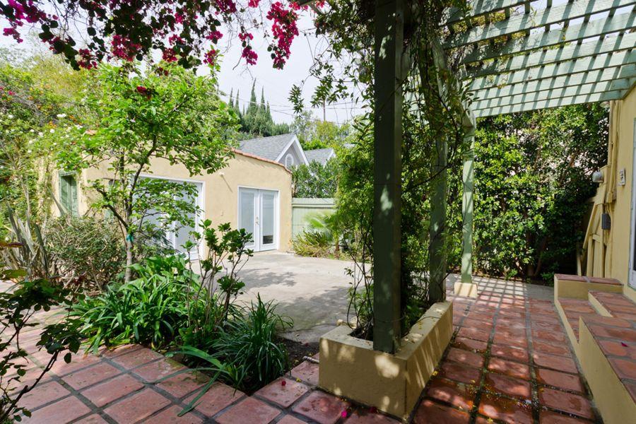 LA_-_backyard