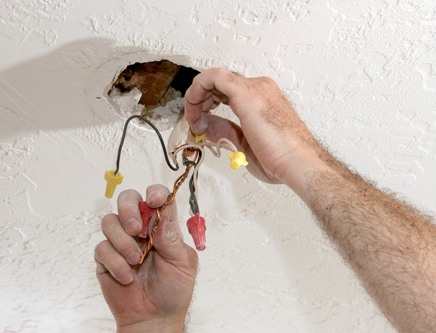photodune-472478-separating-electrical-wires-s