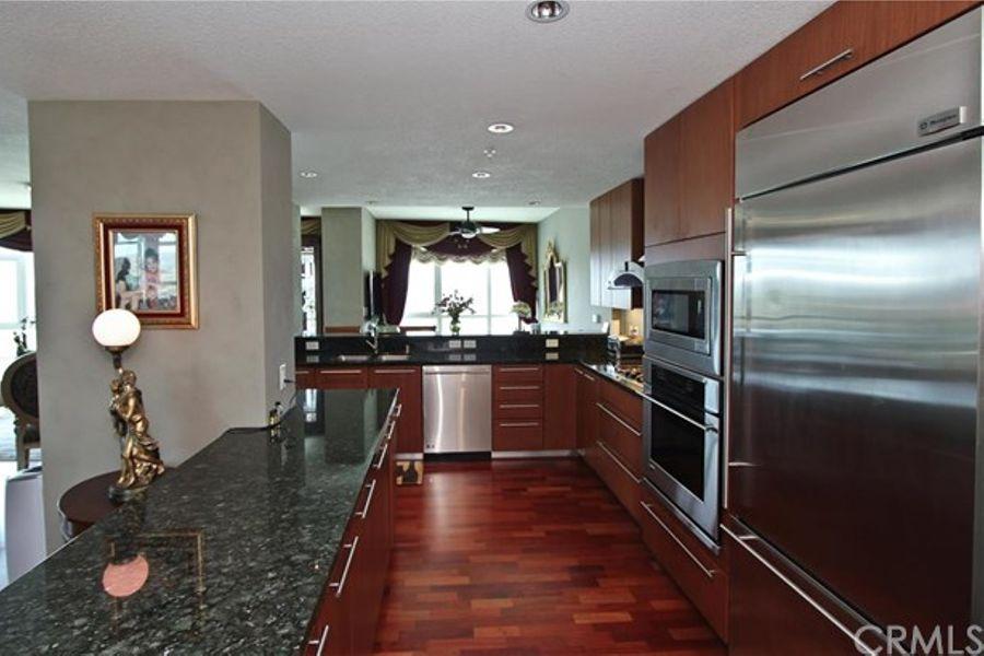 Irvine_kitchen