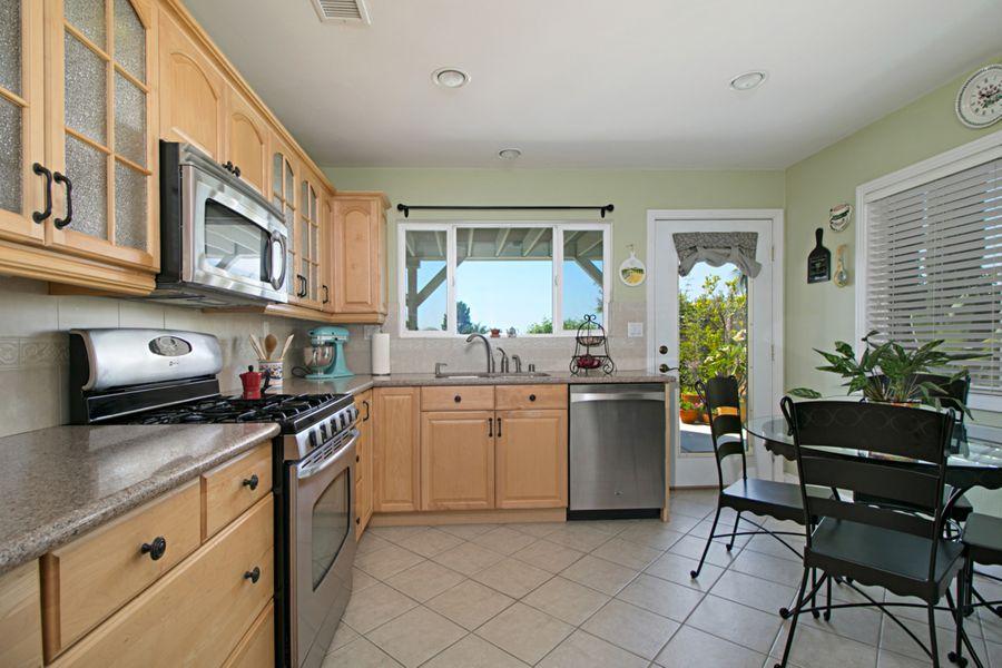 Mission_kitchen