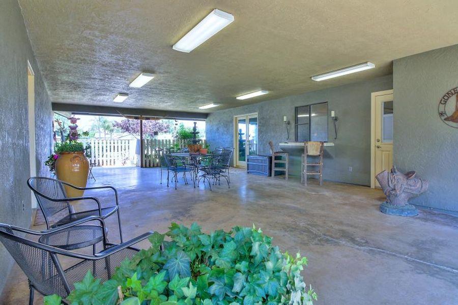 bakersfield-patio-1