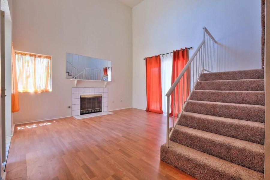 7556-Living_Room