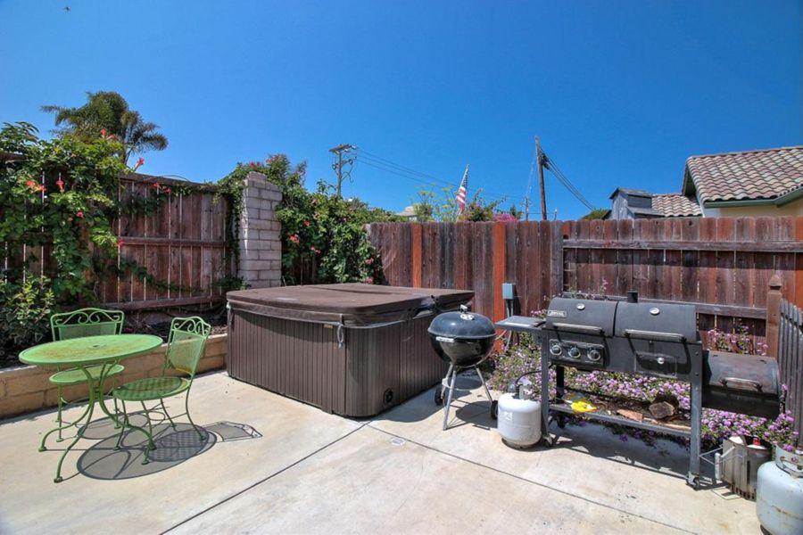 Backyard-487