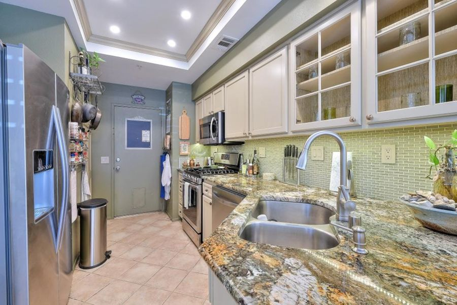 Foothill_Ranch_kitchen