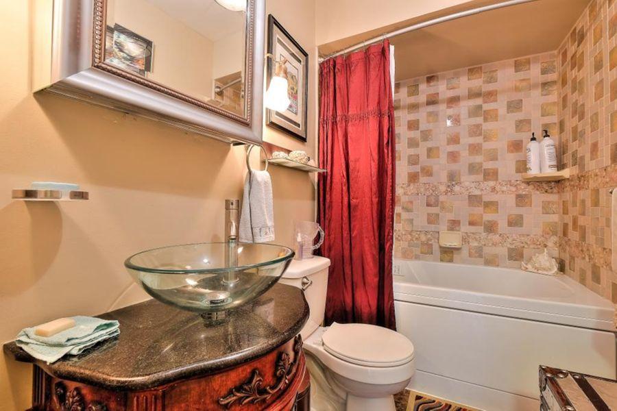 383-Bathroom