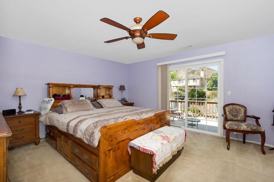 34354-Bedroom
