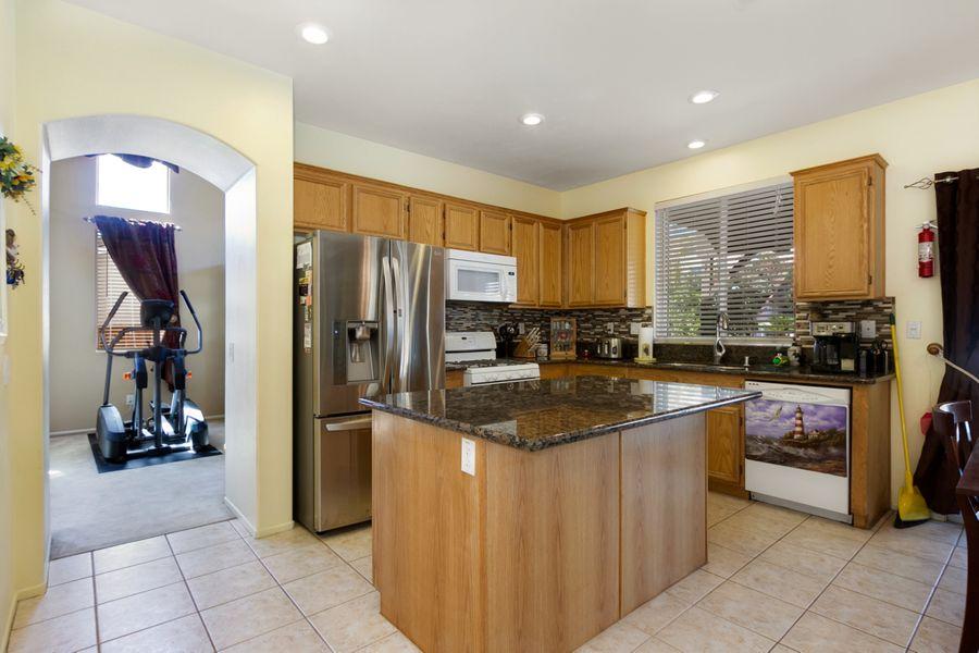34354-Kitchen
