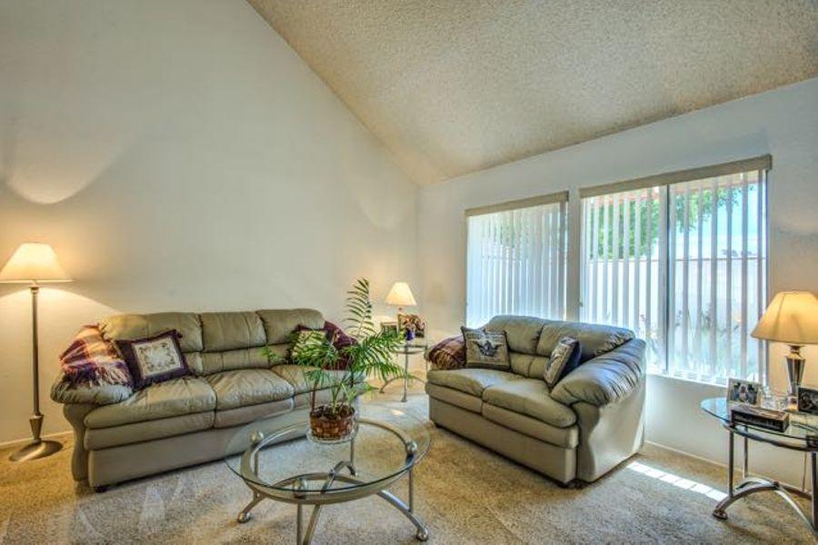 1345-Living Room