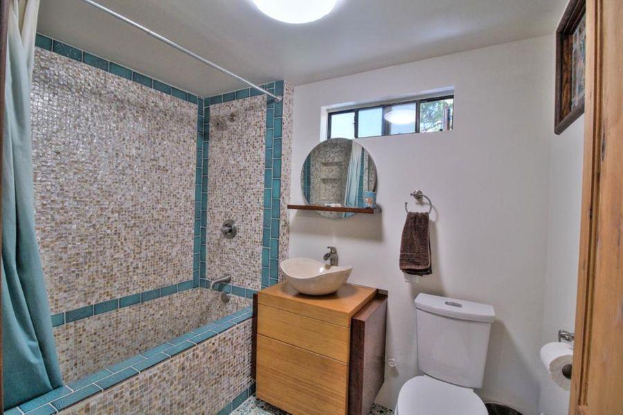 155 Bathroom