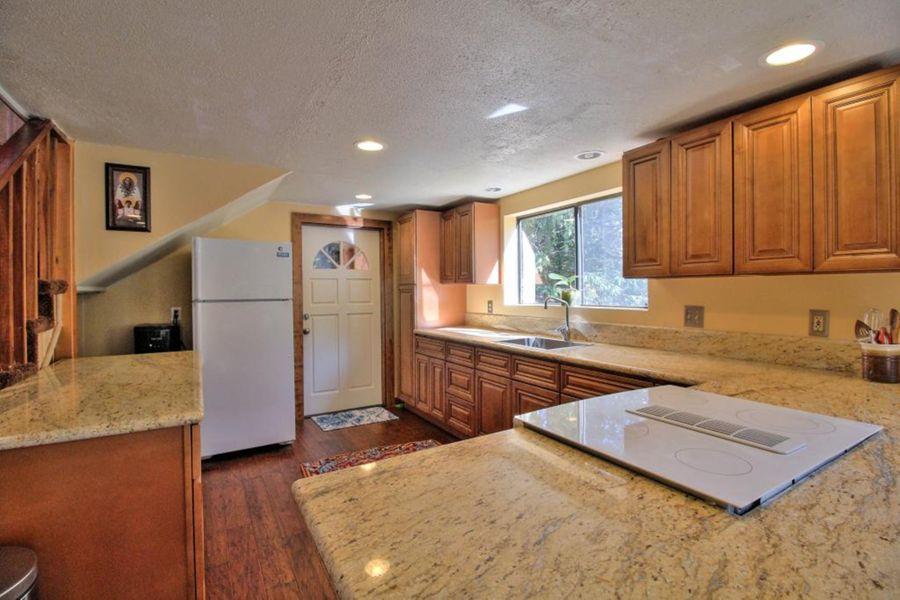 155 Kitchen