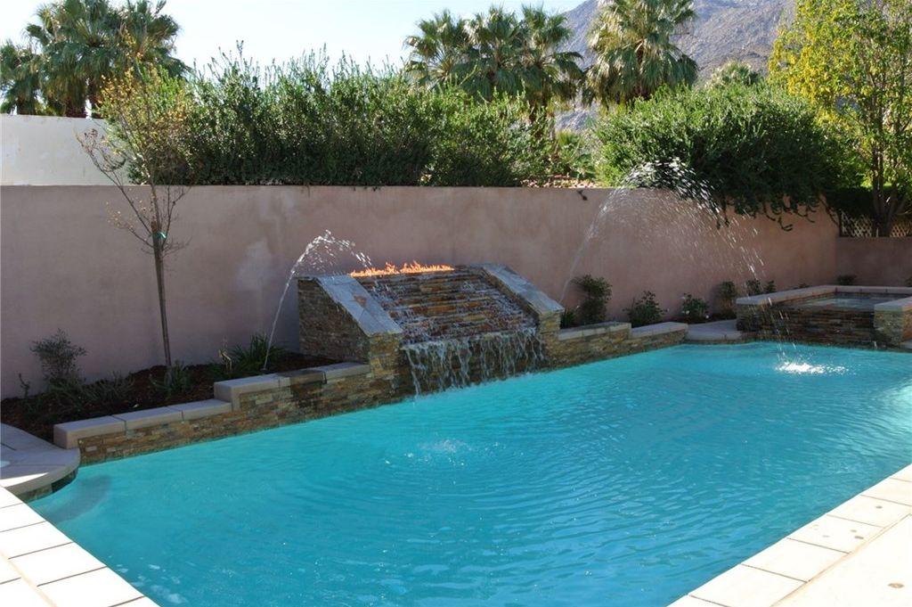 Palm-Springs-333-pool