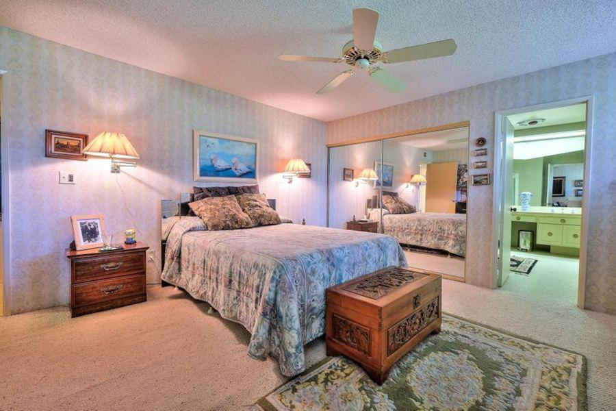 1029 Bedroom