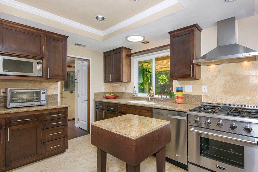 1442 Kitchen