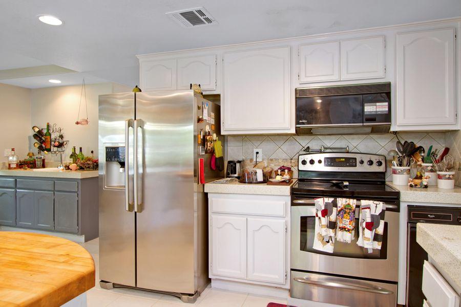 22544 Kitchen