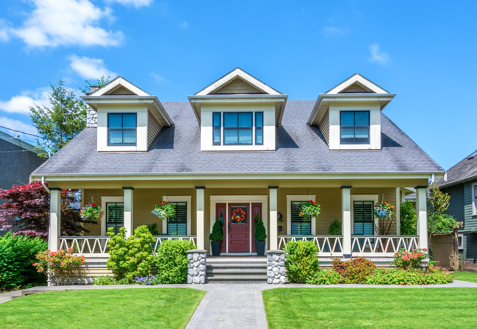 bigstock-Luxury-house-on-a-sunny-day--84075530