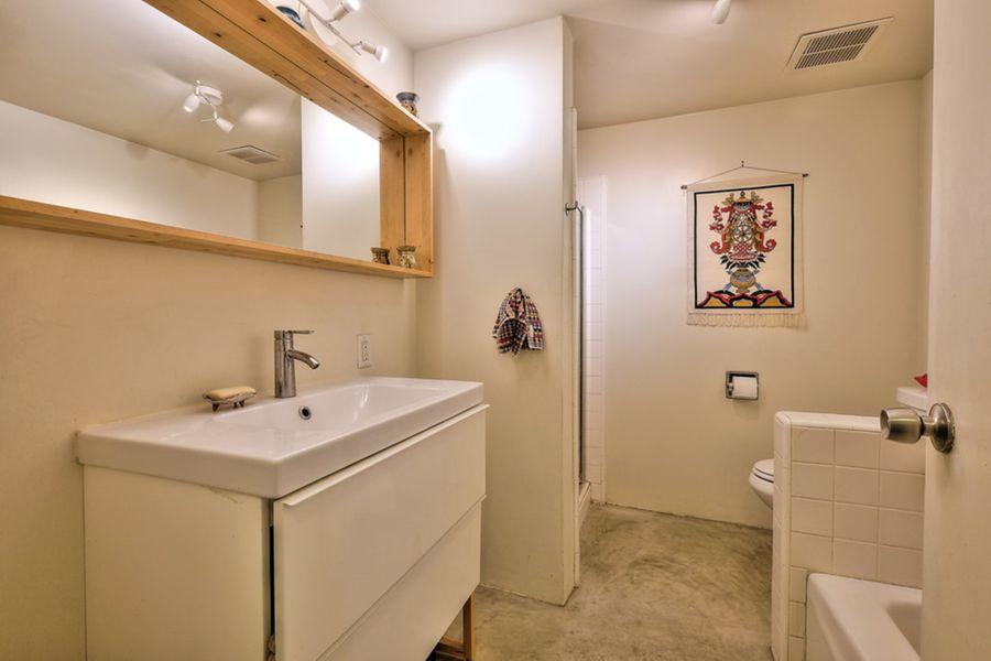Bathroom4455