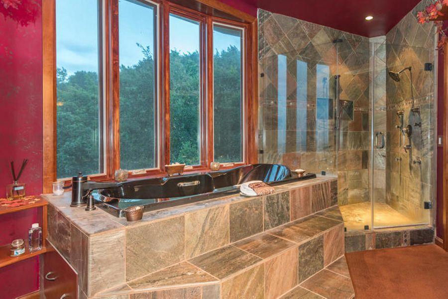 Bathroom3570