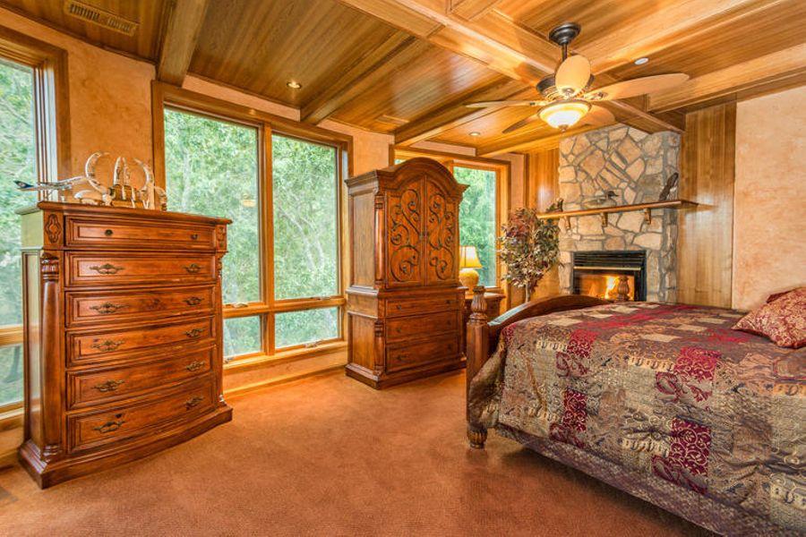 Bedroom3570