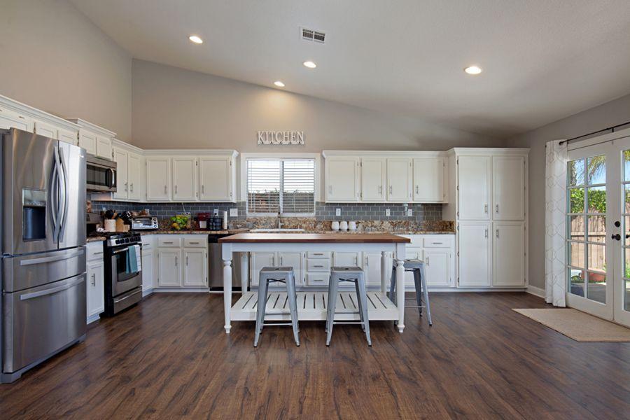 Menifee-29364-kitchen