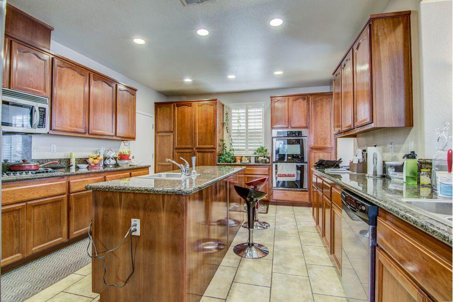 Sacramento-9052-kitchen