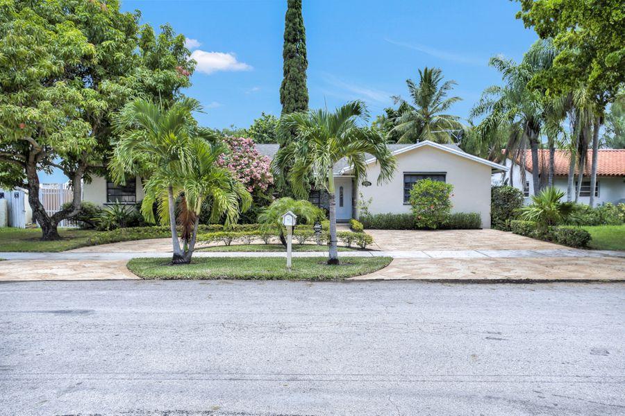 Miami-10936-front
