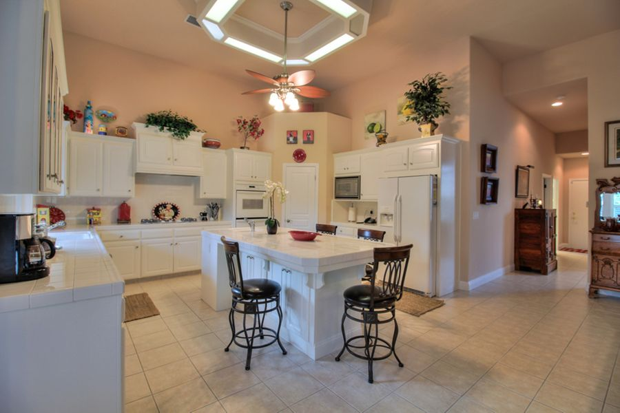 Clovis-292-kitchen