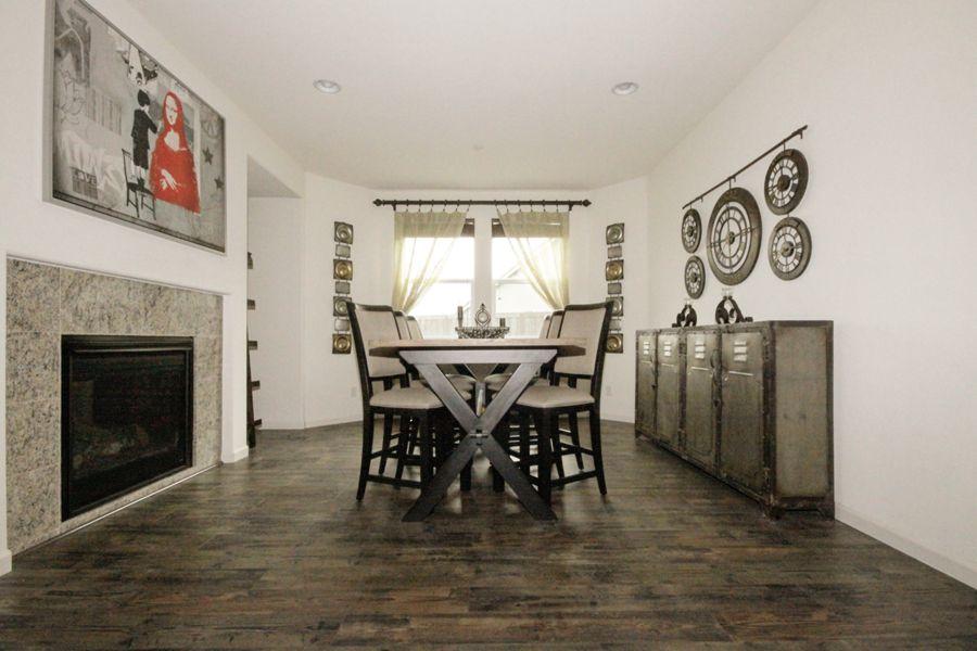 Roseville-357-dining