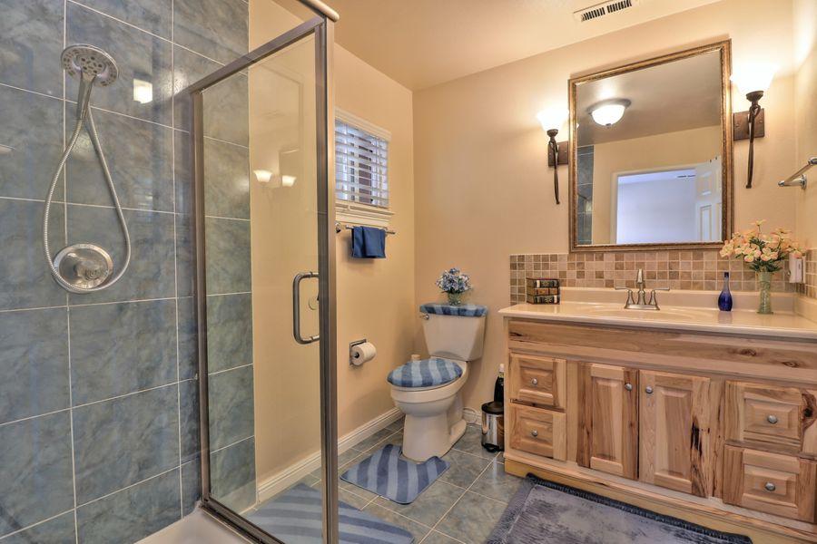 SanJose-3877-master-bathroom
