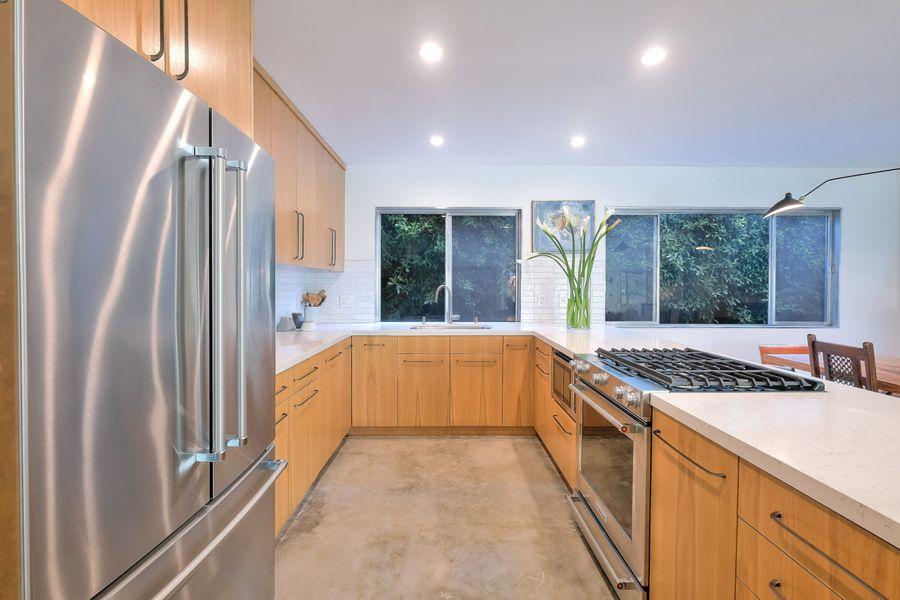 WestHollywood-1233-kitchen