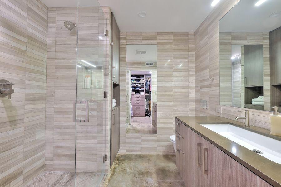 WestHollywood-1233-master-bath