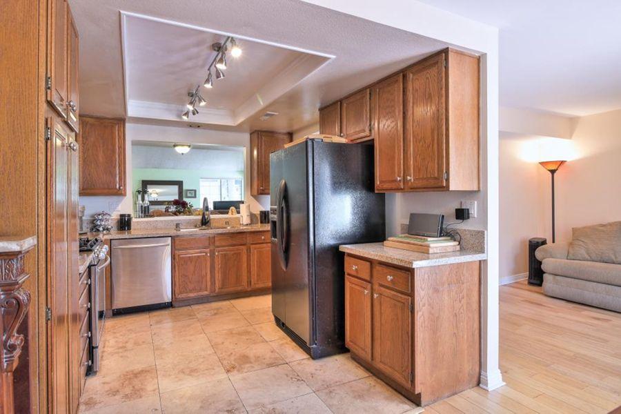 2567_Kitchen